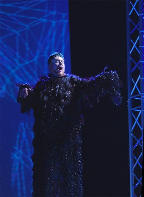 Gormenghast, Lord Sepulchrave (2004)